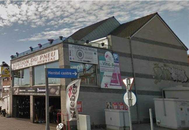 Le centre Point S à Herstal: STATION DU PNEU HERSTAL SPRL